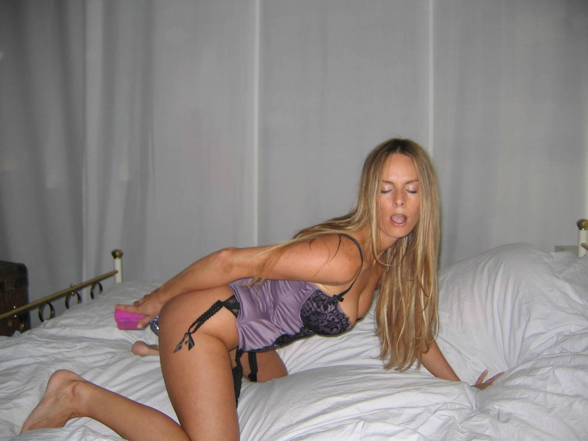 http://pbs-2.adult-empire.com/85/8570/004/pic/6.jpg