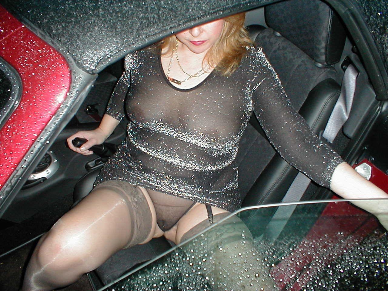 http://pbs-2.adult-empire.com/85/8570/005/pic/1.jpg