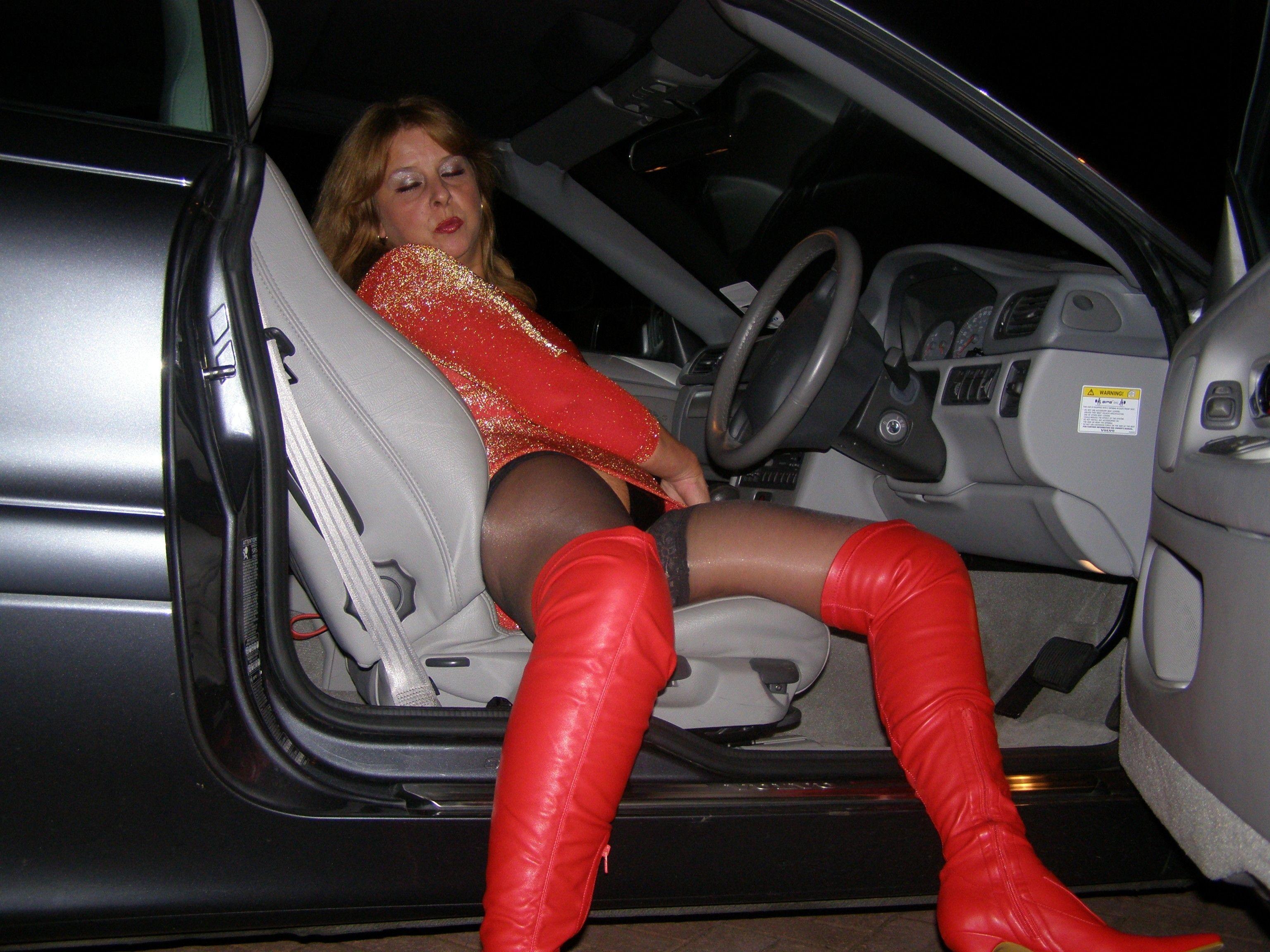 http://pbs-2.adult-empire.com/85/8570/005/pic/10.jpg