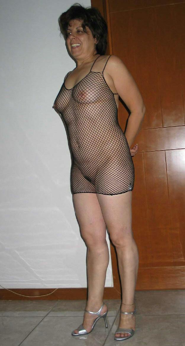 http://pbs-2.adult-empire.com/85/8570/011/pic/10.jpg