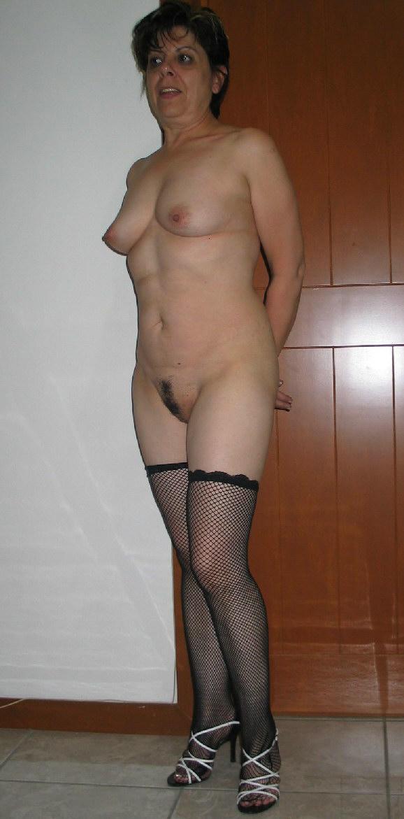 http://pbs-2.adult-empire.com/85/8570/012/pic/6.jpg