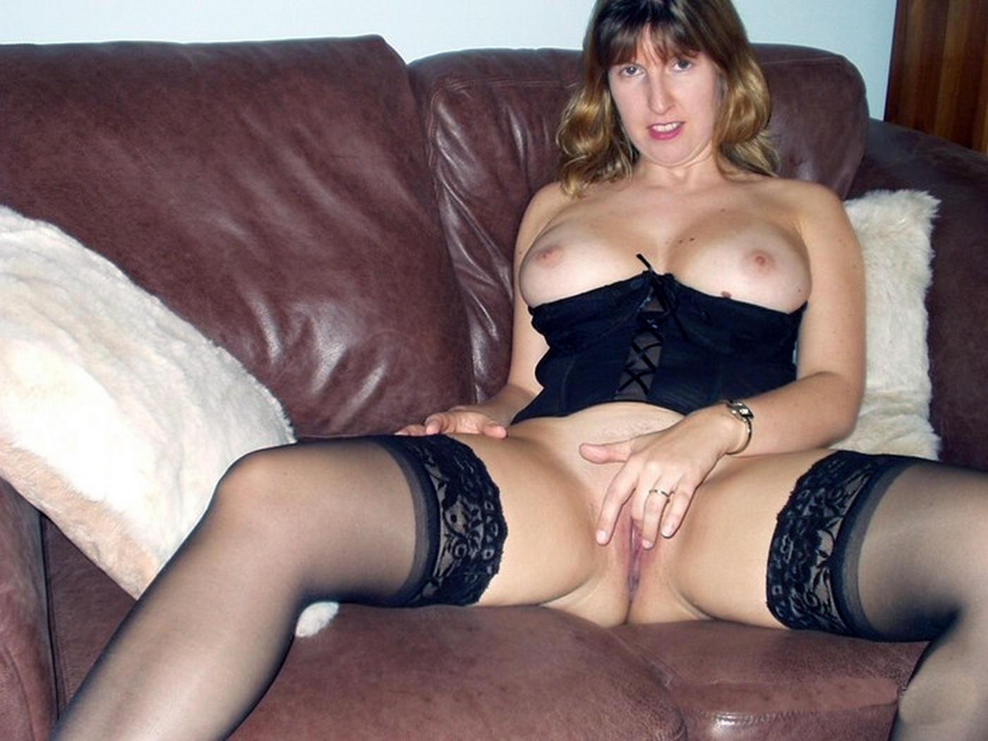 http://pbs-2.adult-empire.com/85/8570/014/pic/9.jpg