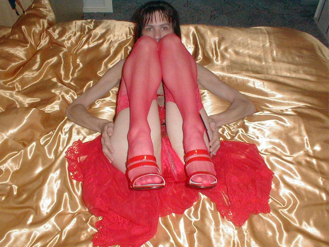 http://pbs-2.adult-empire.com/85/8570/019/pic/10.jpg