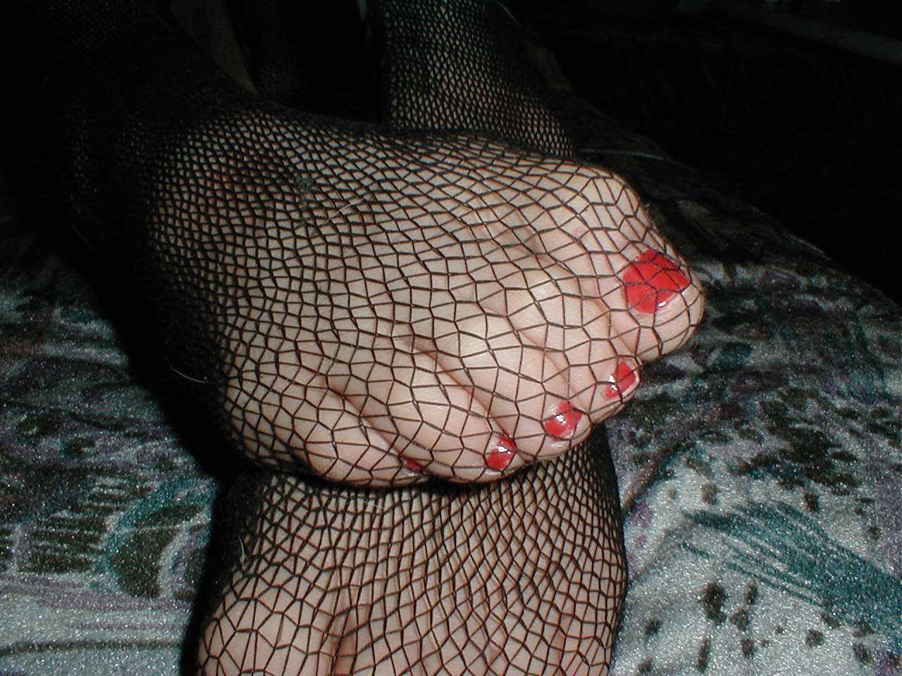 http://pbs-2.adult-empire.com/85/8570/021/pic/10.jpg