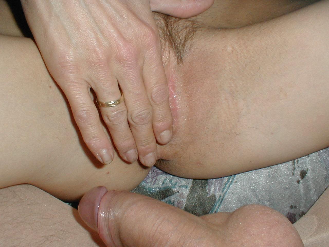 http://pbs-2.adult-empire.com/85/8570/021/pic/5.jpg