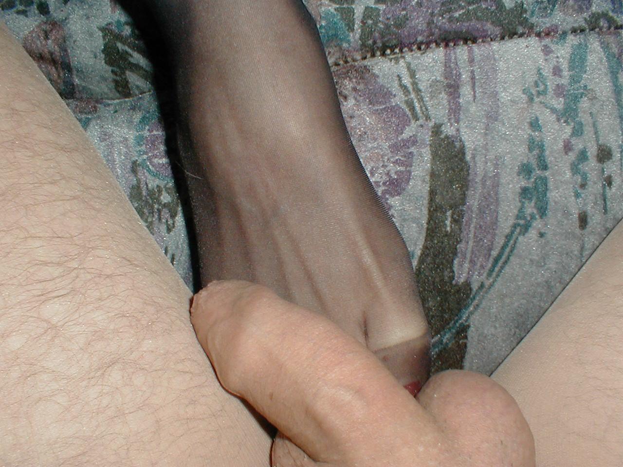http://pbs-2.adult-empire.com/85/8570/025/pic/10.jpg