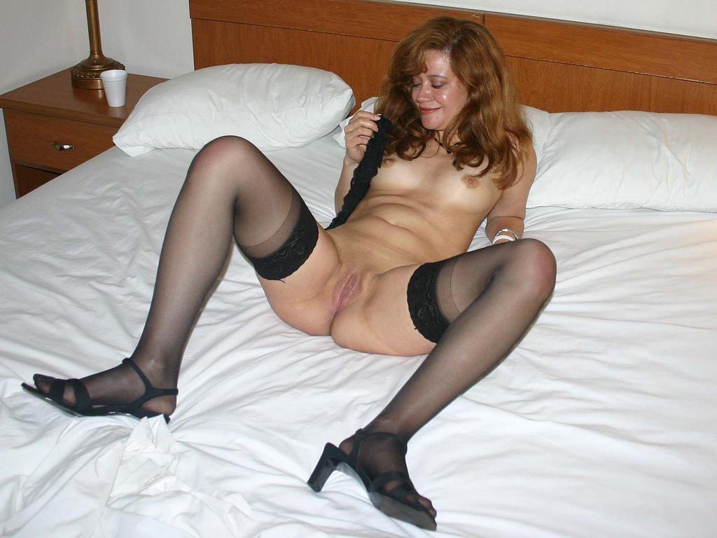 http://pbs-2.adult-empire.com/85/8570/025/pic/8.jpg