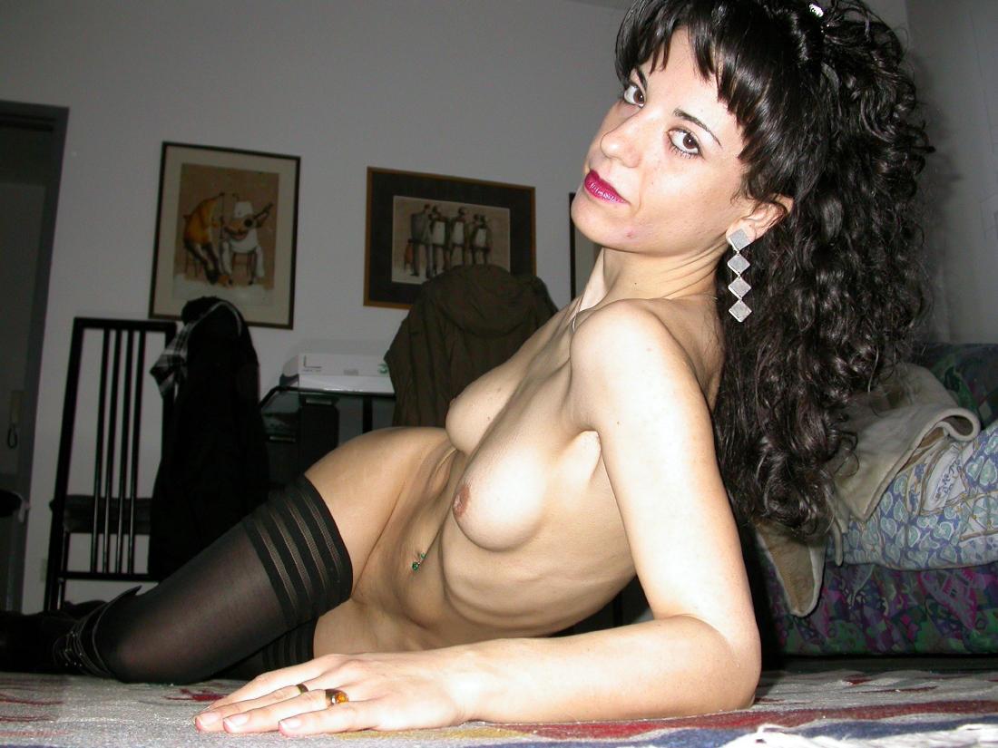http://pbs-2.adult-empire.com/85/8570/039/pic/9.jpg