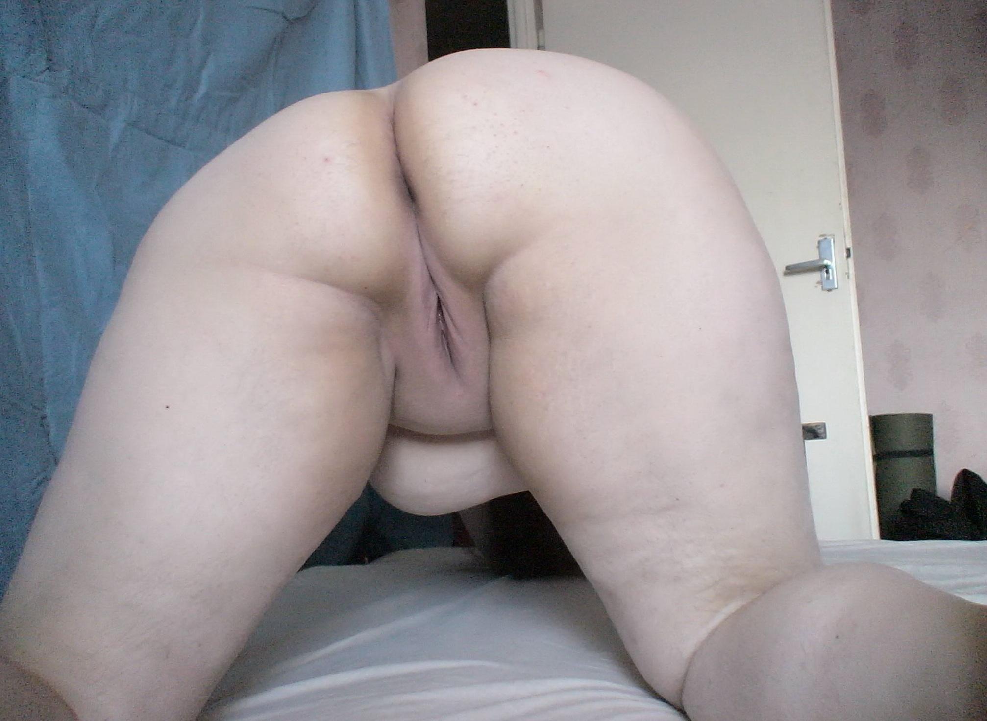 plump naked girl