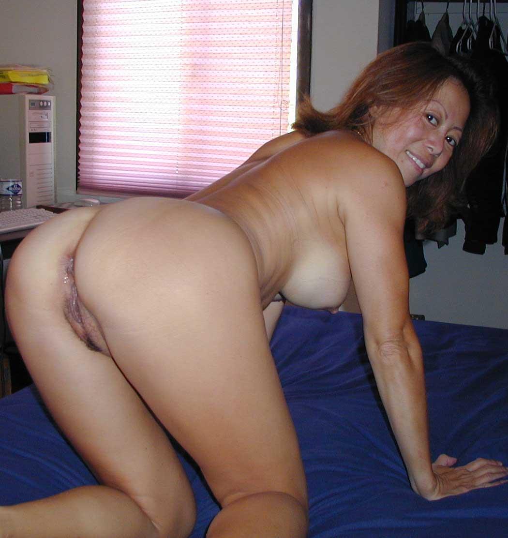 мамочки раком молодые голые