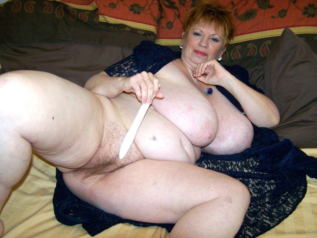 Толстушки старушки голые даже передергивает
