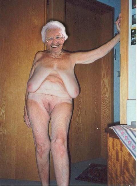 голые старые женщины фото видео