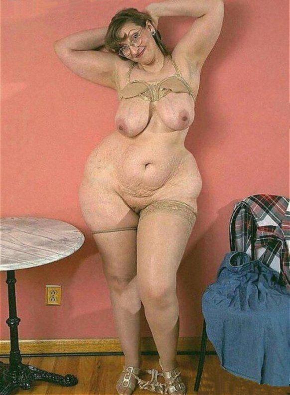 Большие голые дамы видео