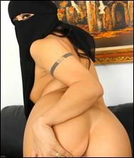 arabian_girlfriends_254.jpg
