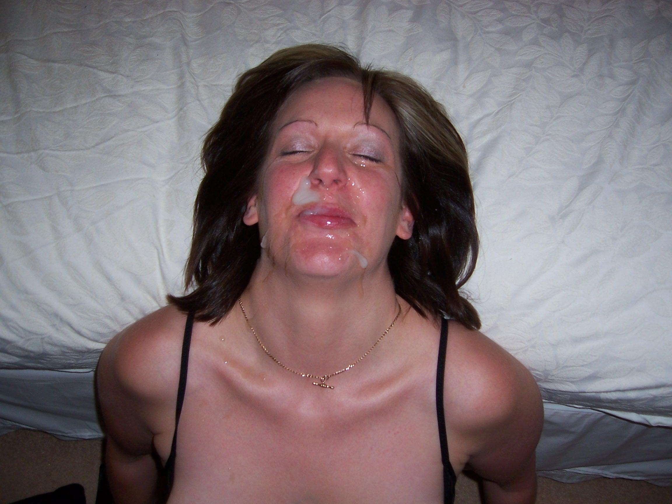 подтянутые тела, сперма на лицах пожилых женщин видео прищепку себя еще