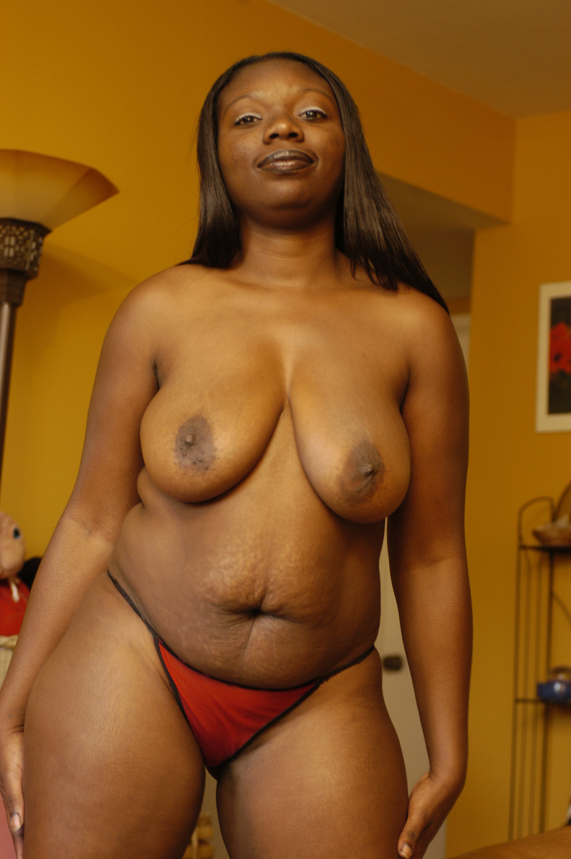 chubby girl naked pictures