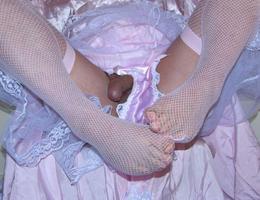 Perverse Crossdresser posing in Panties gal Image 4