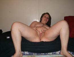 Sexy chubby blonde bitch ahare her private photos gallery Image 7