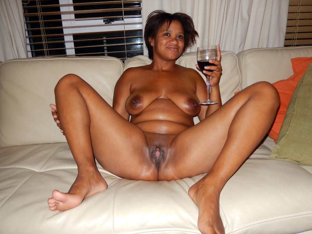 Sexy indian lesbian milf