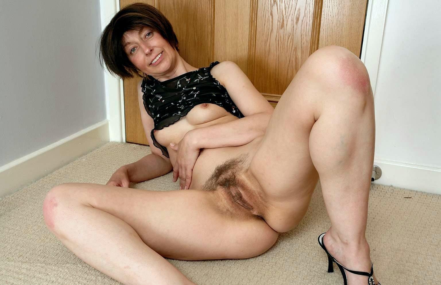 Смотреть порно секс с волосатыми небритыми женщинами женщины этой